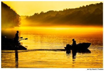 Beautiful Golden Light in a picture of boats on the water on the Chattahoochee near Roswell Georgia
