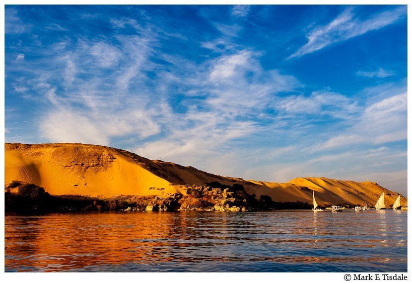 Picture of the great western desert - Sahara - golden sands rising over the river Nile