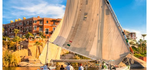 Sailing on the Nile - picture of a Felucca on the Nile