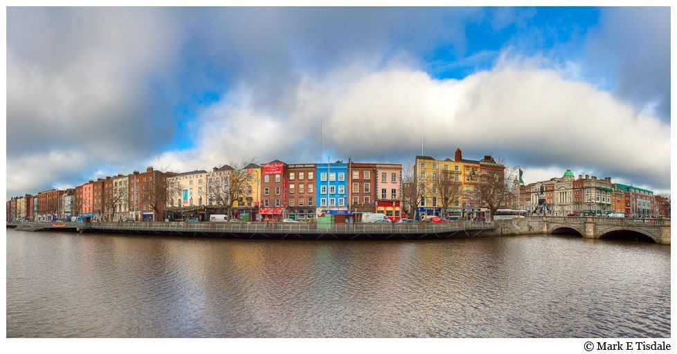 Picture Panorama of the River Liffey in Dublin, Ireland