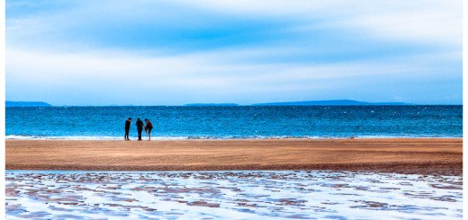 Picture of a beach in winter in Ireland - Likely Fanore