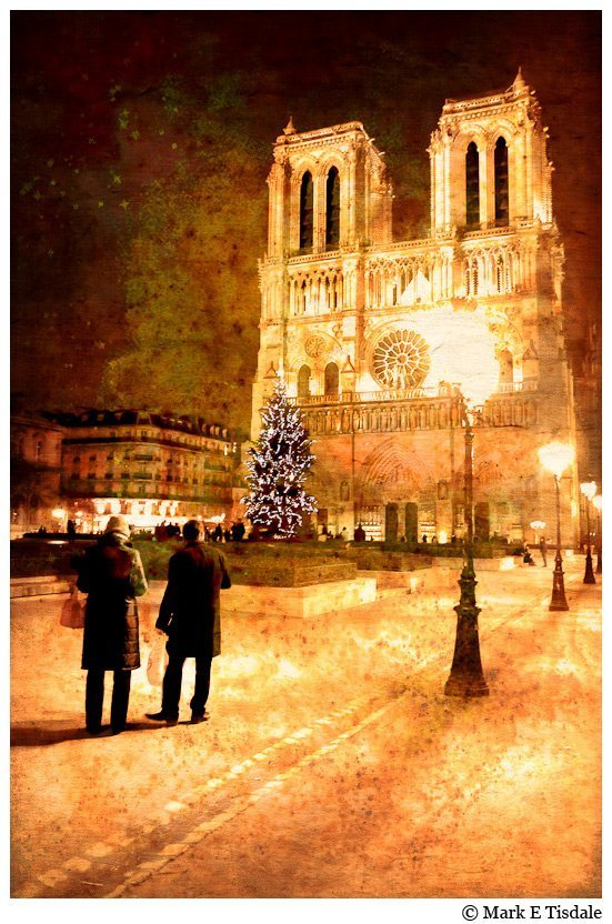 Night time winter picture of Notre Dame de Paris - Textured